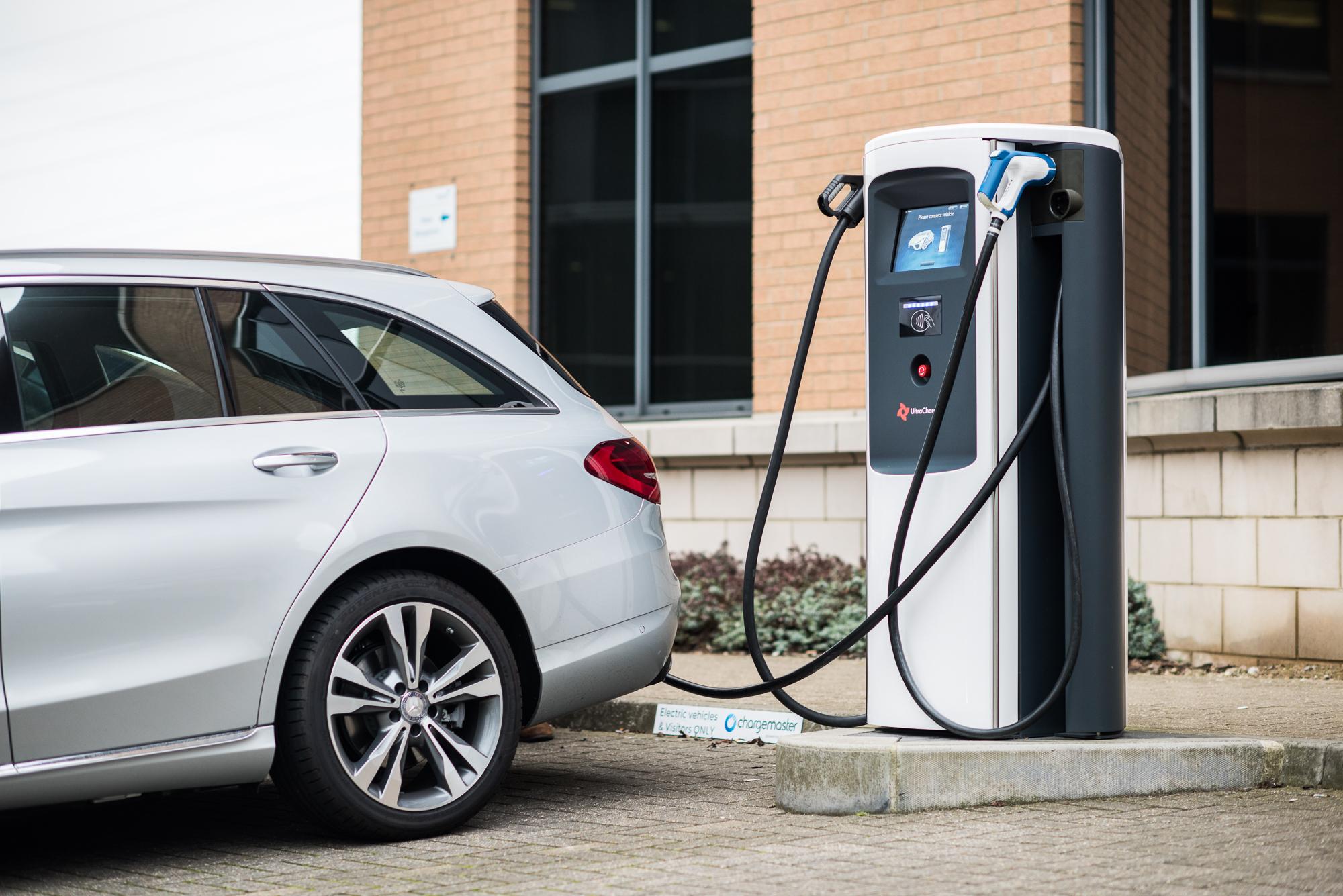 Chargemaster partnership provides Cenex LCV2017 charging points
