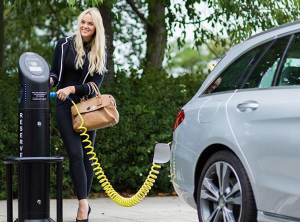 customers Charging