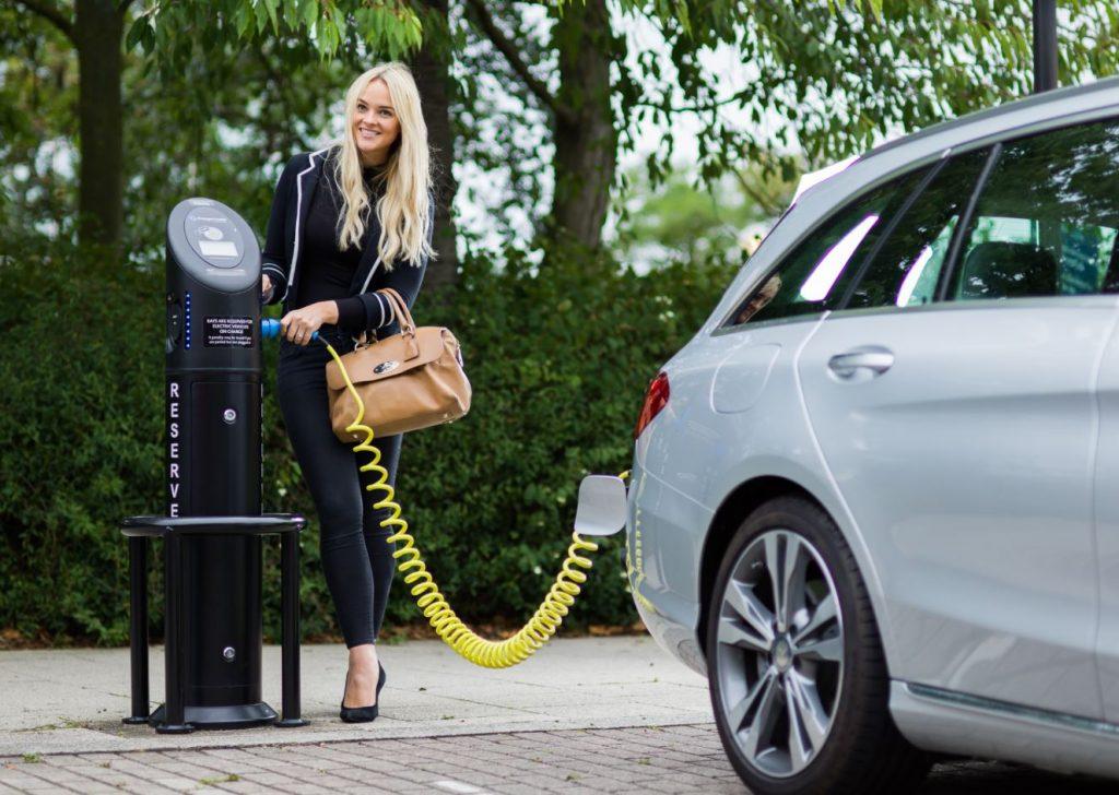 Charging on a public fastpost in Milton keynes