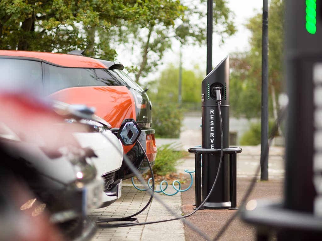 UK on course for 60% of new cars to be electric by 2030