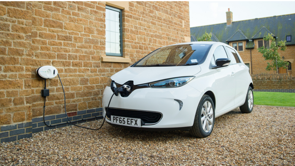 BP Chargemaster tethered Homecharge unit charged Renault Zoe electric vehicle